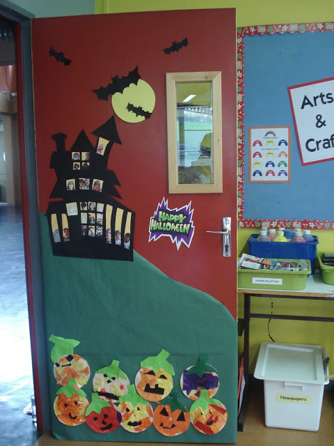 Halloween Haunted House & 53 Classroom Door Decoration Projects for Teachers