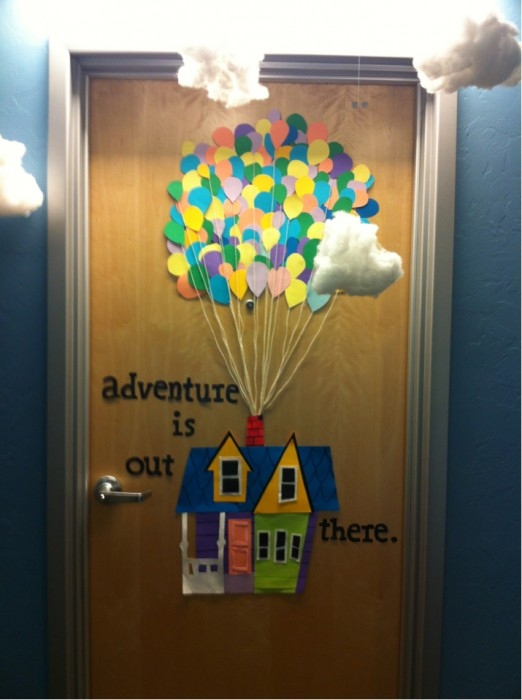 Classroom Window Decor ~ Classroom door decoration projects for teachers