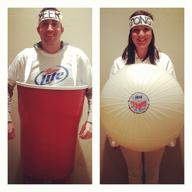 beer pong costumes man is beer and woman is pong - Good Halloween Costumes For Big Guys