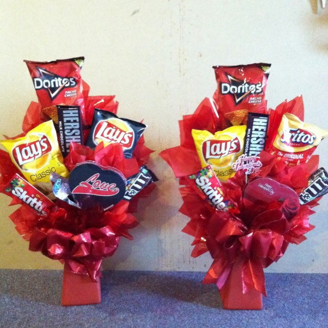 37 simple diy valentines day gift ideas from you to him junkfoodbouquet solutioingenieria Images