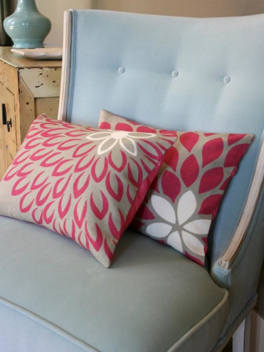 Easy To Make Throw Pillow Covers : 40 DIY Ideas for Decorative Throw Pillows & Cases