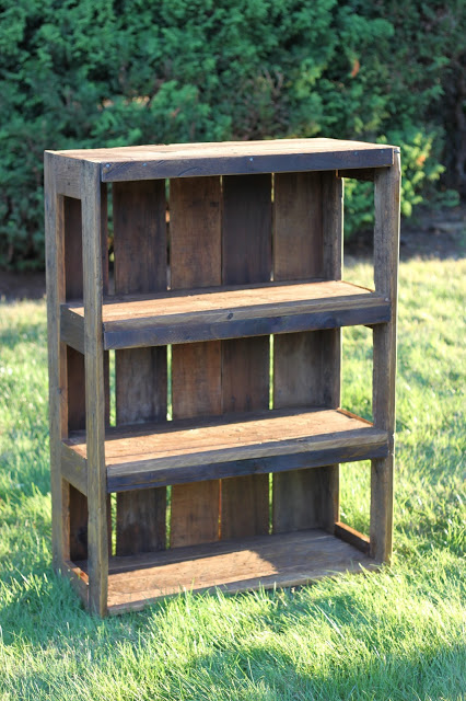 pallet building ideas. diy pallet bookshelf building ideas s