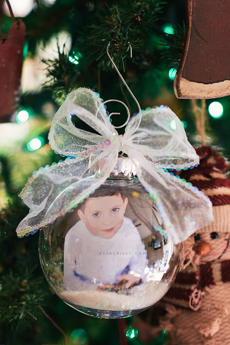 40 diy homemade christmas ornaments to decorate the tree diy photo ornament solutioingenieria Images