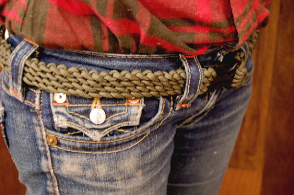 How to Make a Paracord Belt DIYReady
