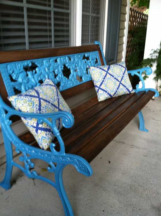 Spray Paint A Wrought Iron Bench Bigdiyideas Com
