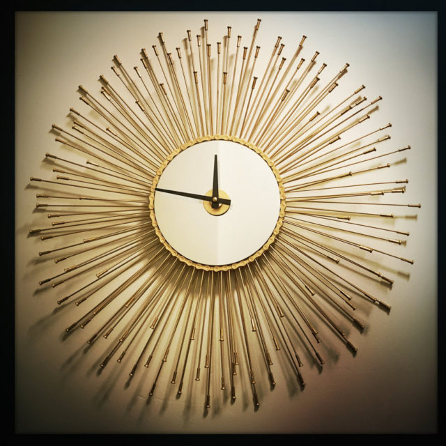 sunburst-wall-clock