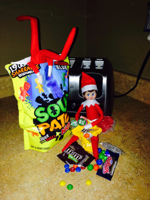 elf-on-the-shelf-candy