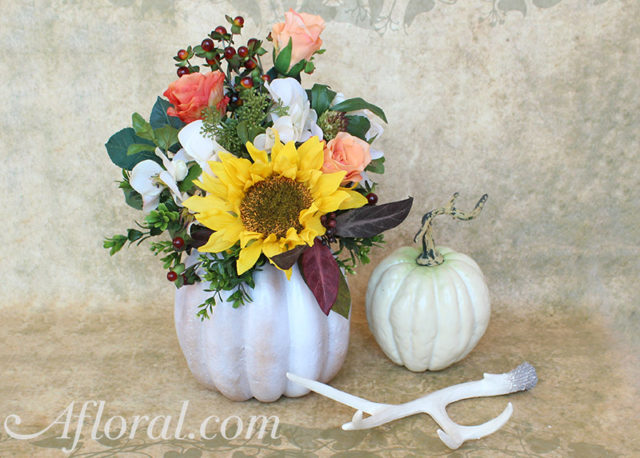 55 wedding centerpieces ideas on a budget fall wedding try these charming diy centerpieces solutioingenieria Image collections