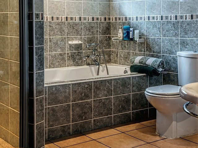 5 Simple Tips to Revamp Your Bathroom.