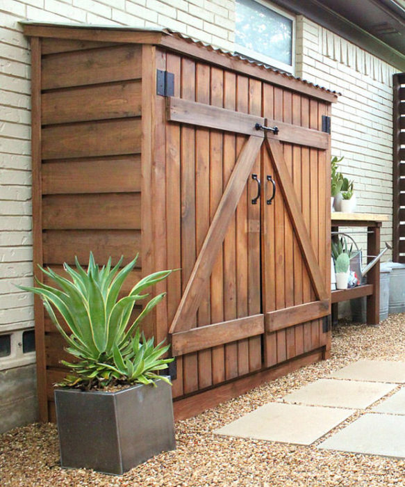 Small Storage Shed. Keep Your Garden Tools ...