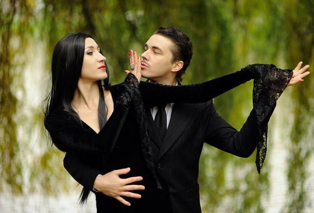 The Addams Family Morticia and gomez couple costume