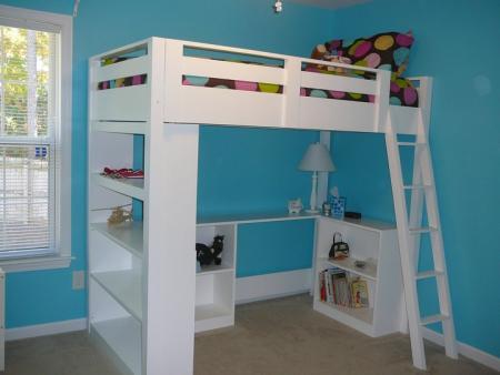 Loft-Bed