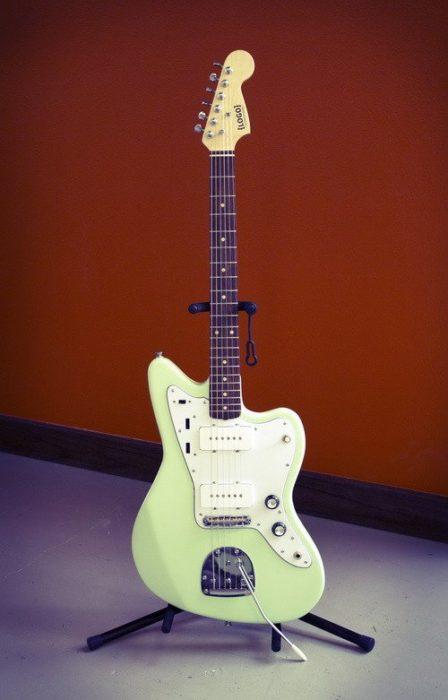 25 cool diy guitar art projects diy electric guitar solutioingenieria Images