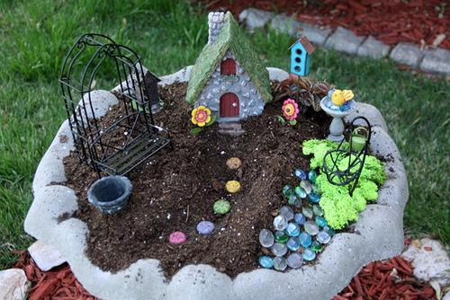 Bird Bath Fairy Garden