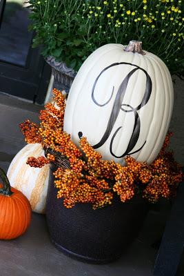 monogram-pumpkin-tutorial
