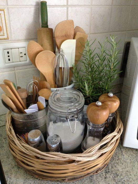 corral-your-utencils