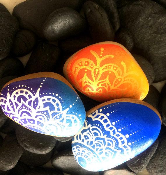 painted-mandala-stones