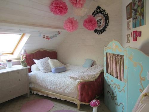 Iris Dettwiler. Here Is A Sweet Little Girlu0027s Room.